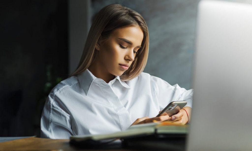 O uso excessivo das redes sociais tem impactos negativos na saúde mental