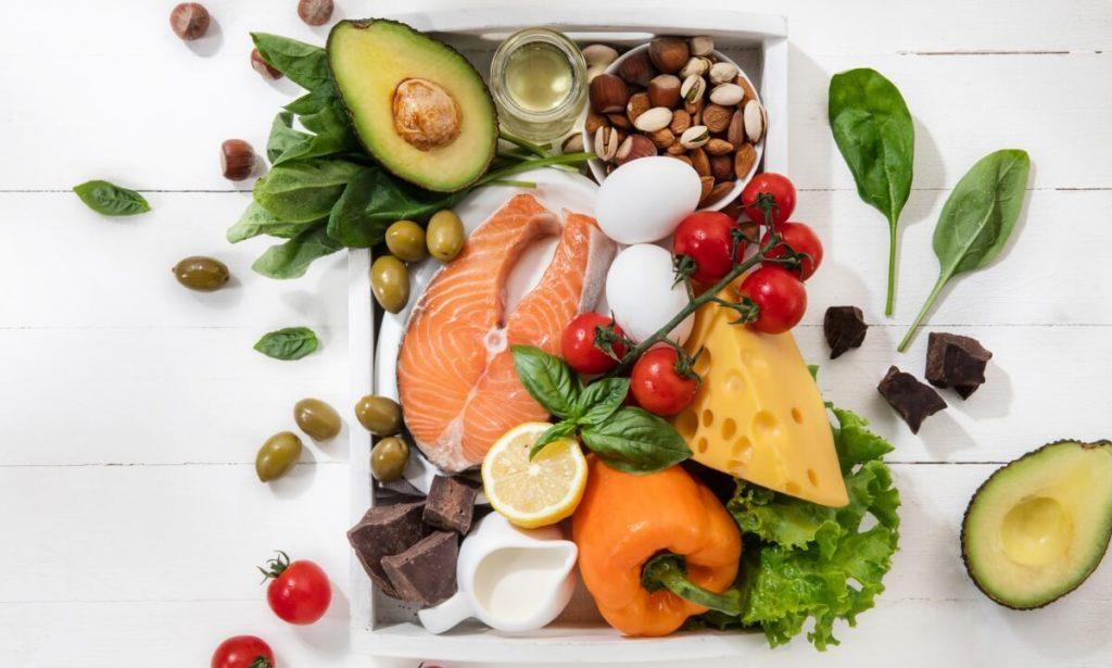 O Gympass Wellness tem aplicativos que orientam os usuários ativos que desejam se alimentar com saúde e atingir objetivos como emagrecer, ganhar peso ou simplesmente se alimentar melhor